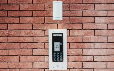 Beskyt dit hjem med en alarm og sikring